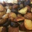In de oven gebakken aardappelen met rozemarijn